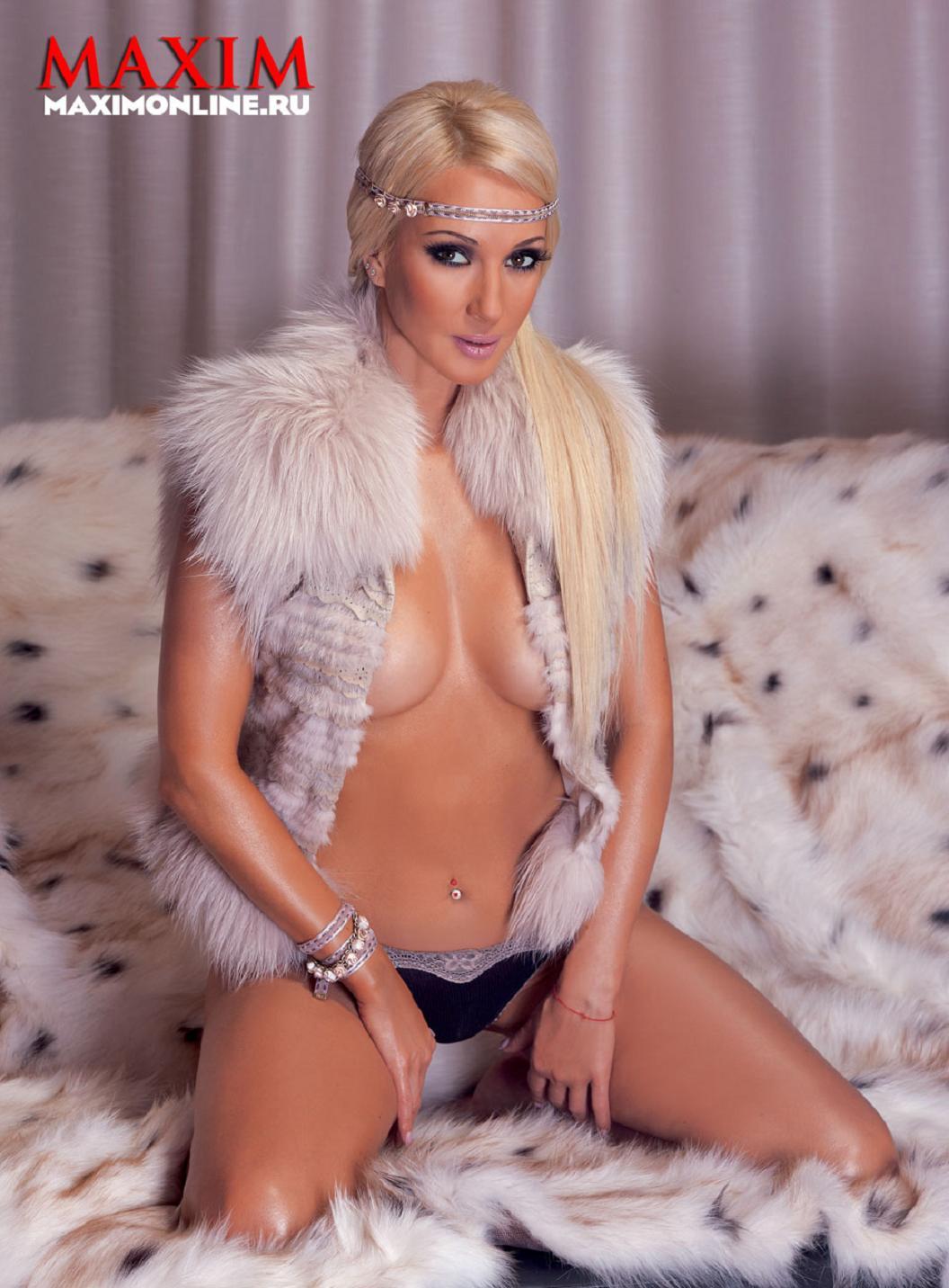 Лера Кудрявцева в Maxim январь 2011