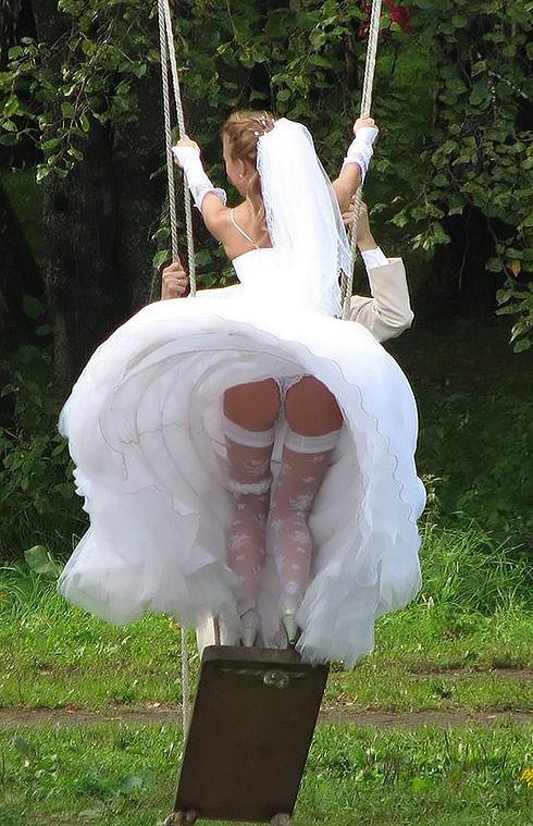 Голая попка невесты