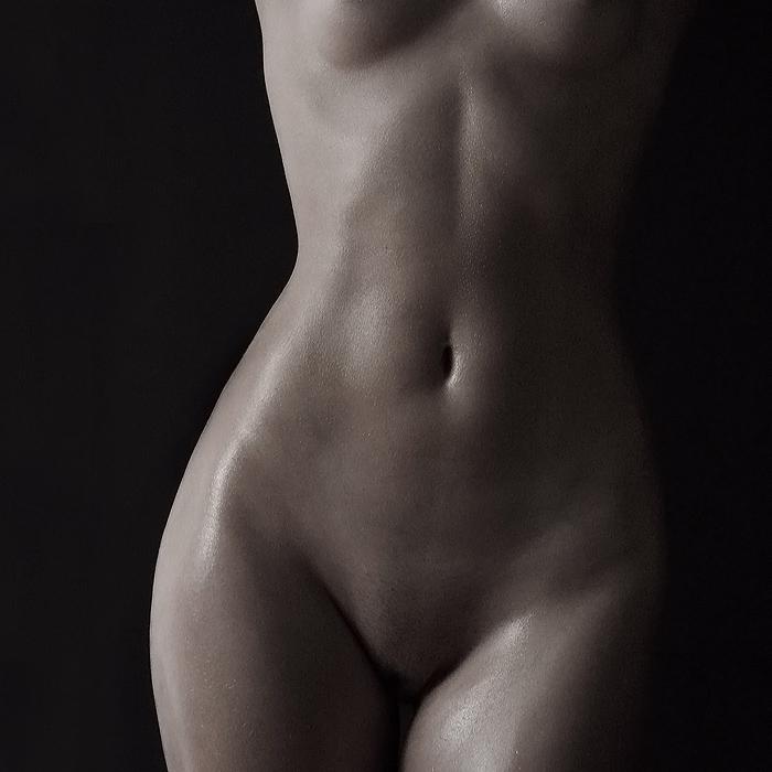 фото девушек с голым животом